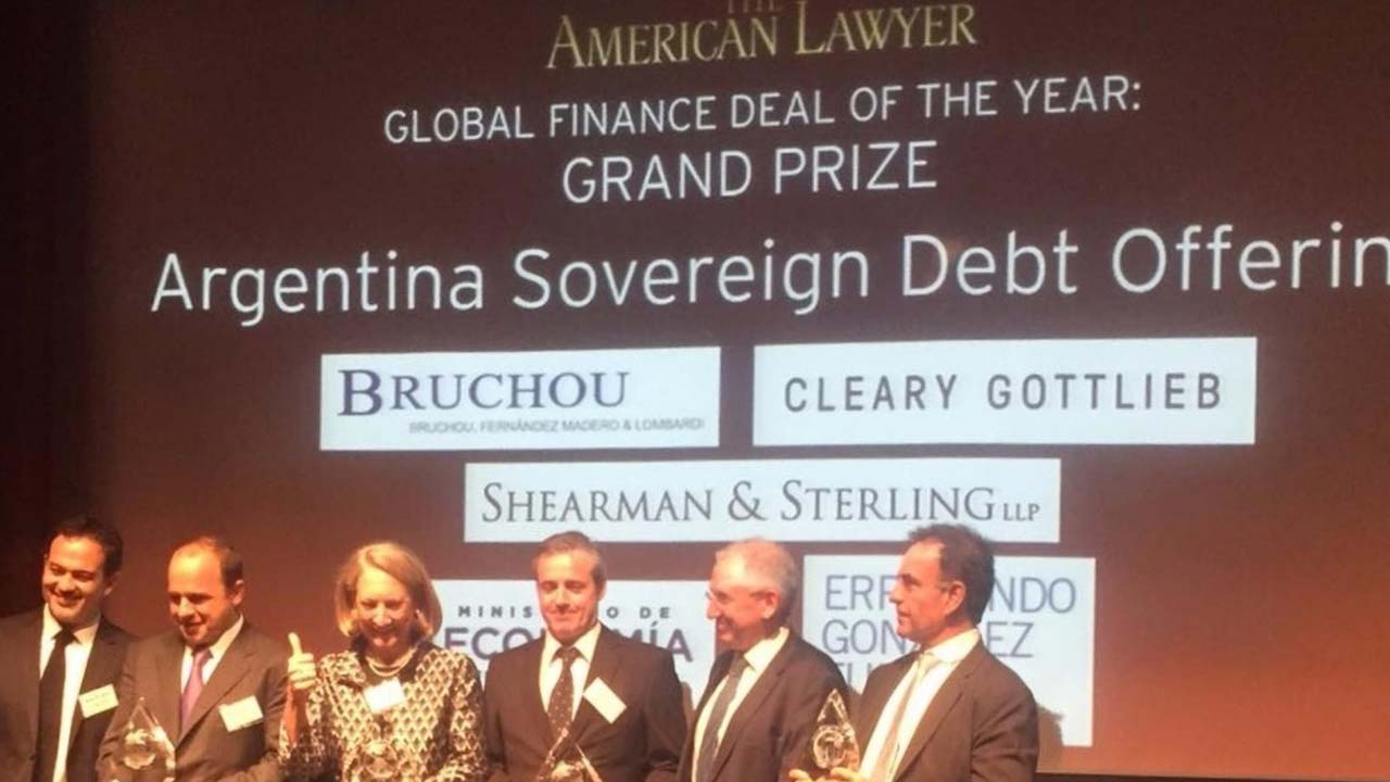 The American Lawyer grants two awards to Bruchou